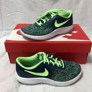 Boys Nike Running sneakers